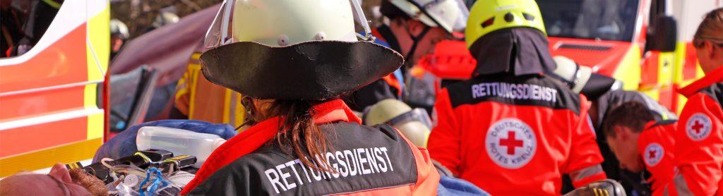 Startseiten Slider Rettungsdienst - Rettungskräfte im Einsatz
